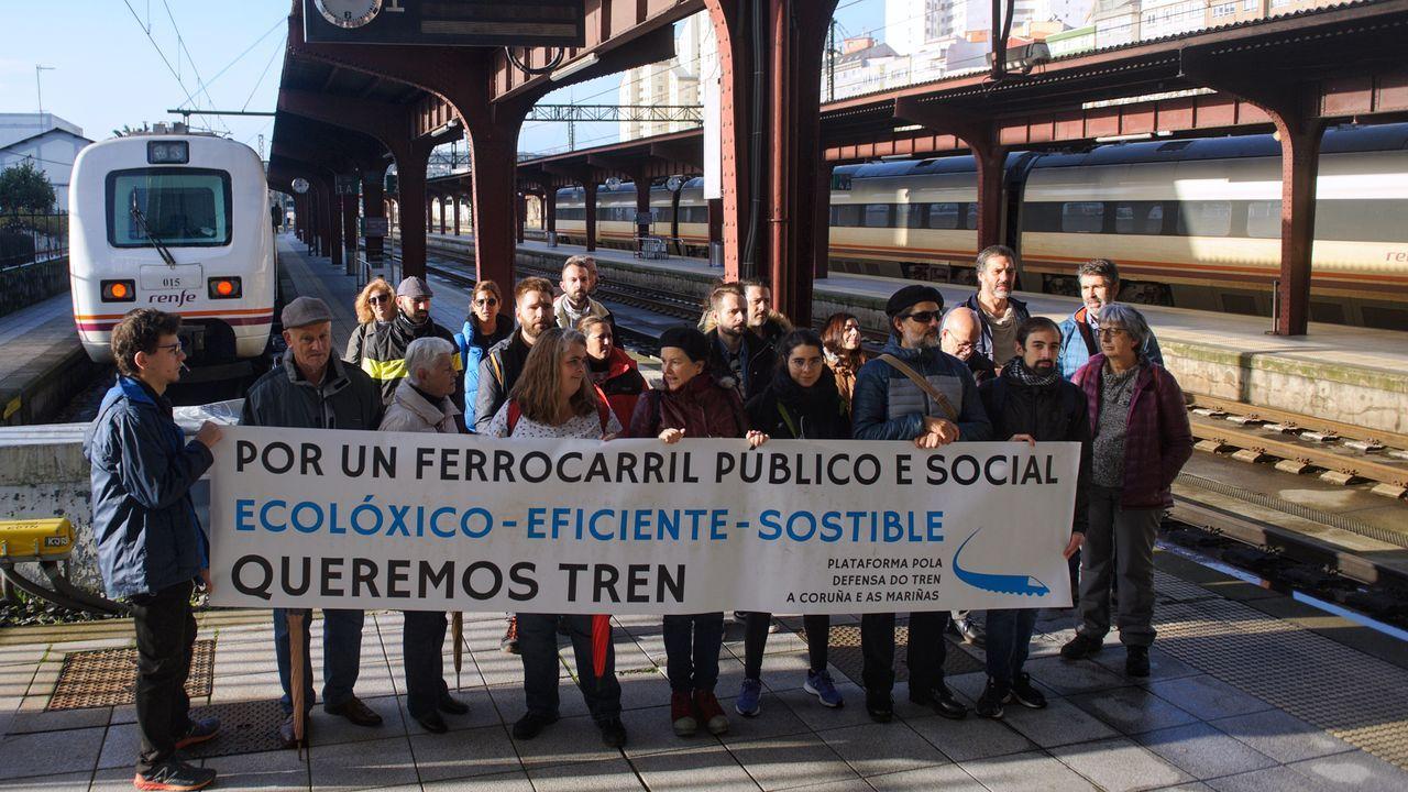 herminia.A Plataforma pola Defensa do Tren fixo unha viaxe reivindicativa este sábado hasta Pontedeume.