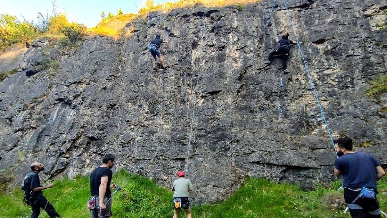 Unha actividade organizada anteriormente polo club na antiga canteira de pedra caliza de Buxán