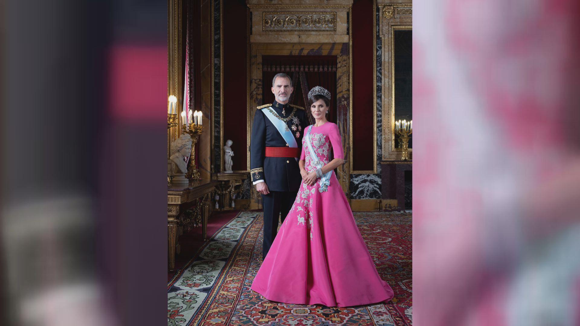La princesa de Asturias y la infanta Sofía en una fotografia realizada en Zarzuela
