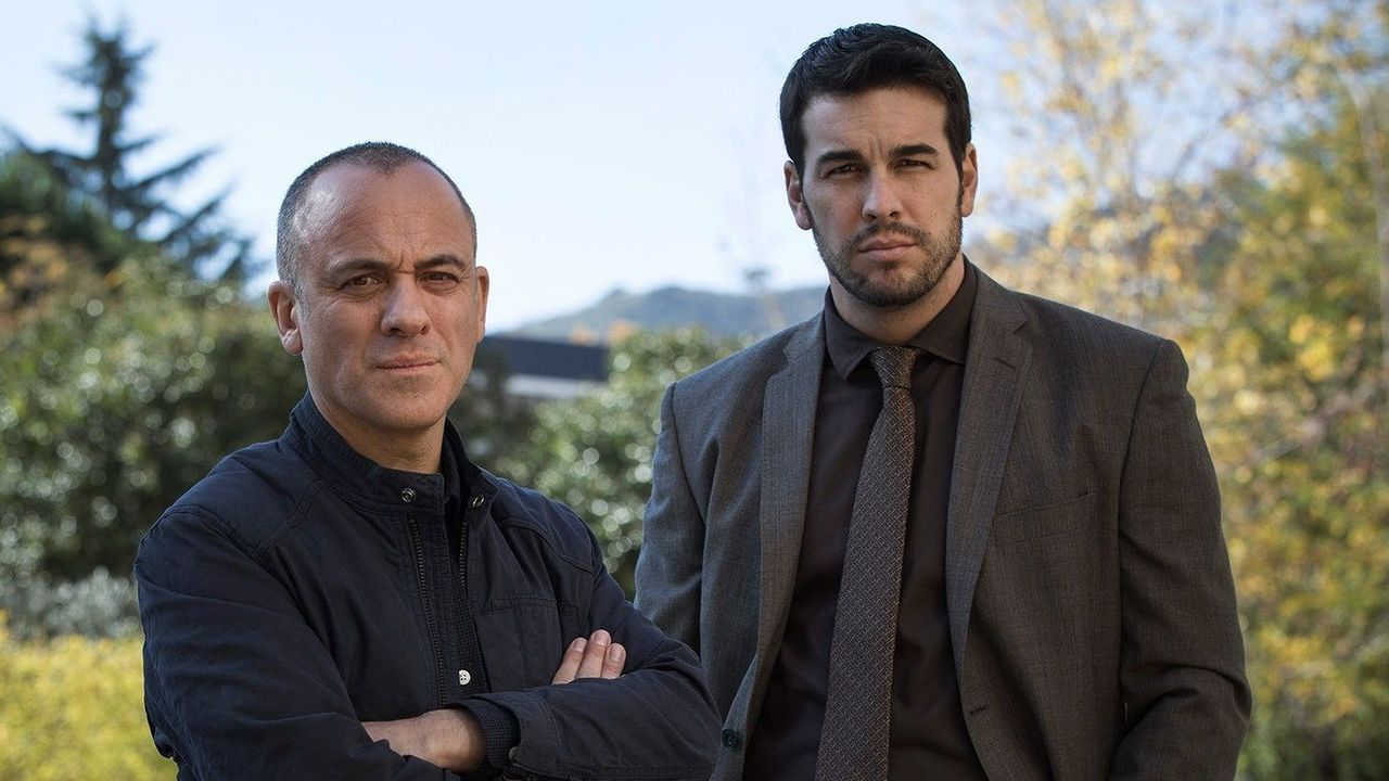 Javier Gutiérrez y Mario Casas, antagonistas en la película «Hogar», que estrenó Netflix en el confinamiento y llegó al número 1 en España