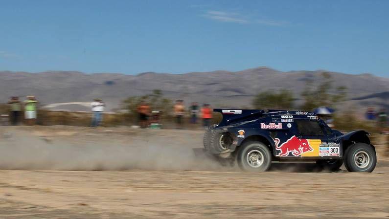 Carlos Sainz, durante la cuarta etapa del Dakar
