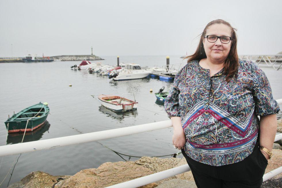 <span lang= es-es >Yolanda, pieza clave de Cáritas en Vilagarcía</span>. Lleva quince años vinculada a Cáritas en Vilagarcía. Fue voluntaria en todos los ámbitos, desde la cocina al trato con las familias. Ahora es miembro de la comisión permanente de la organización.