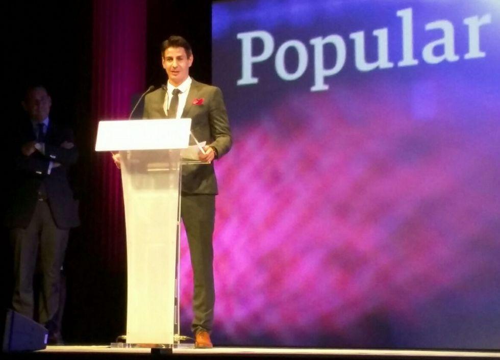 El director comercial de Desarrolla, Gerardo Collazo, fue el encargado de recoger el Premio Somos Emrpesa 2015.