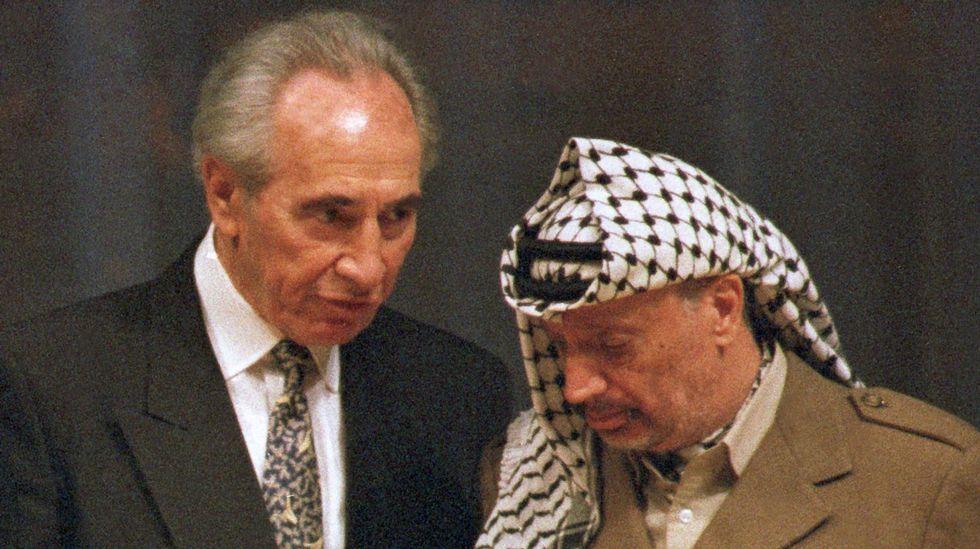 Muere Simon Peres.Un momento de la manifestación multitudinaria