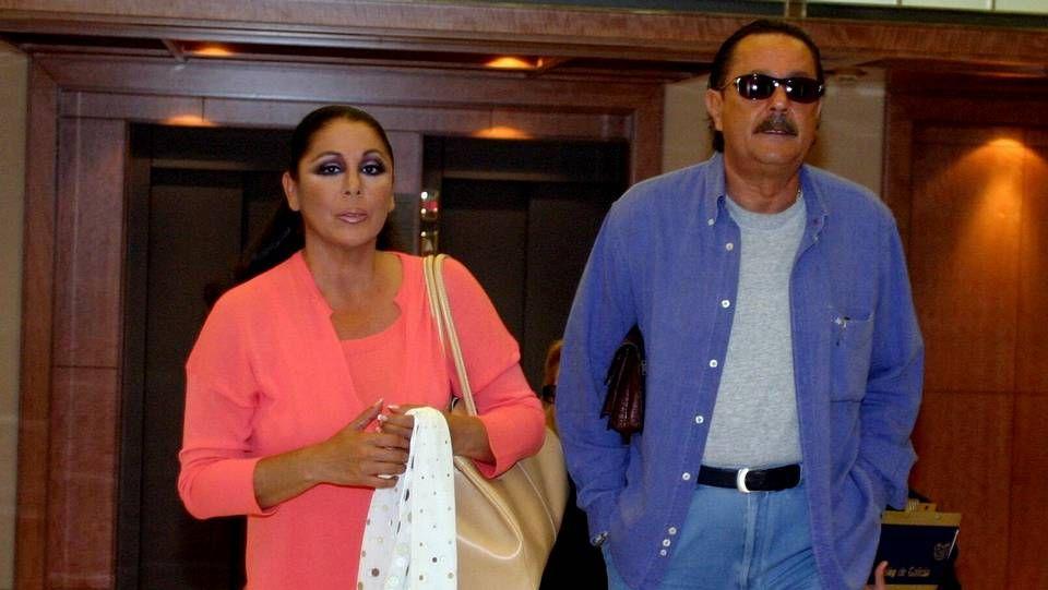 Isabel Pantoja y Julián Muñoz en 2004.