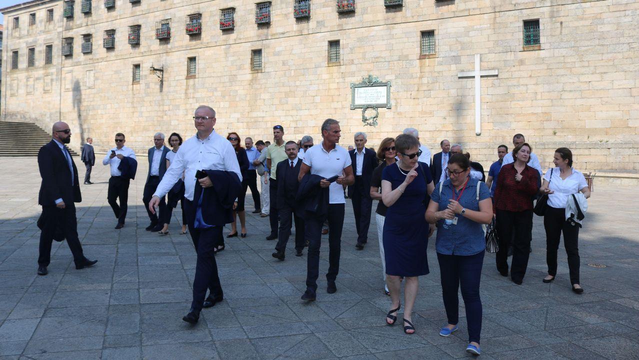 Más de 3.000 comensales degustaron el carneiro ao espeto en Moraña.Jesús Domínguez, portavoz de la plataforma de víctimas, hubiese querido que los responsables políticos pidiesen perdón y dimitiesen