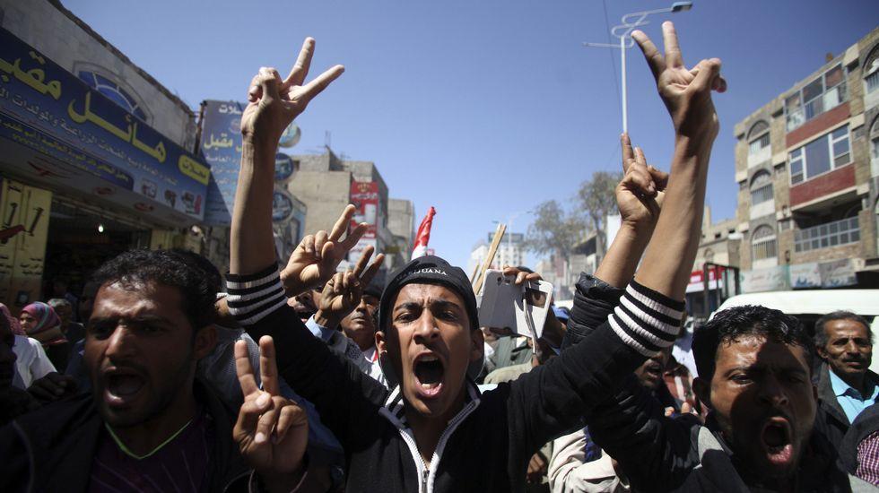 Manifestantes yemeníes en la ciudad de Taiz