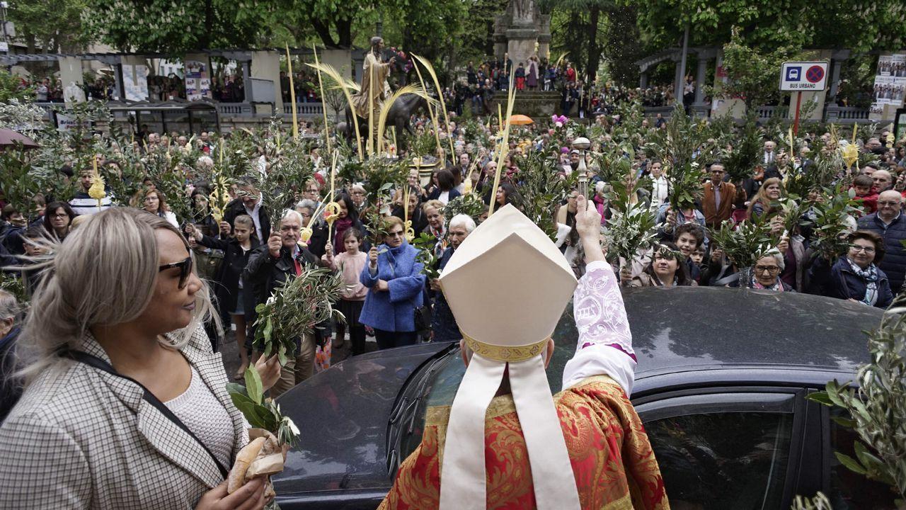 Domingo de Ramos en Ourense.Estado que presenta el templo