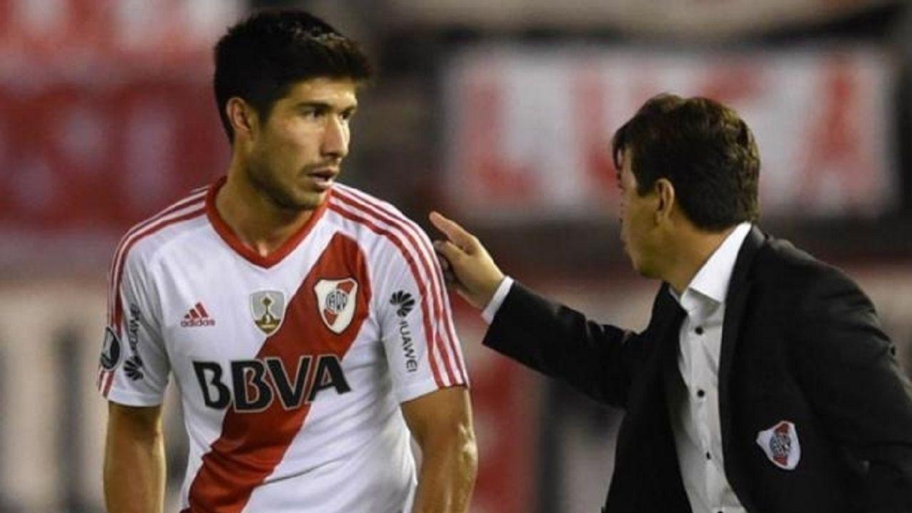 Lollo, que estuvo cerca del Sporting, conversa con Gallardo, entrenador de River Plate
