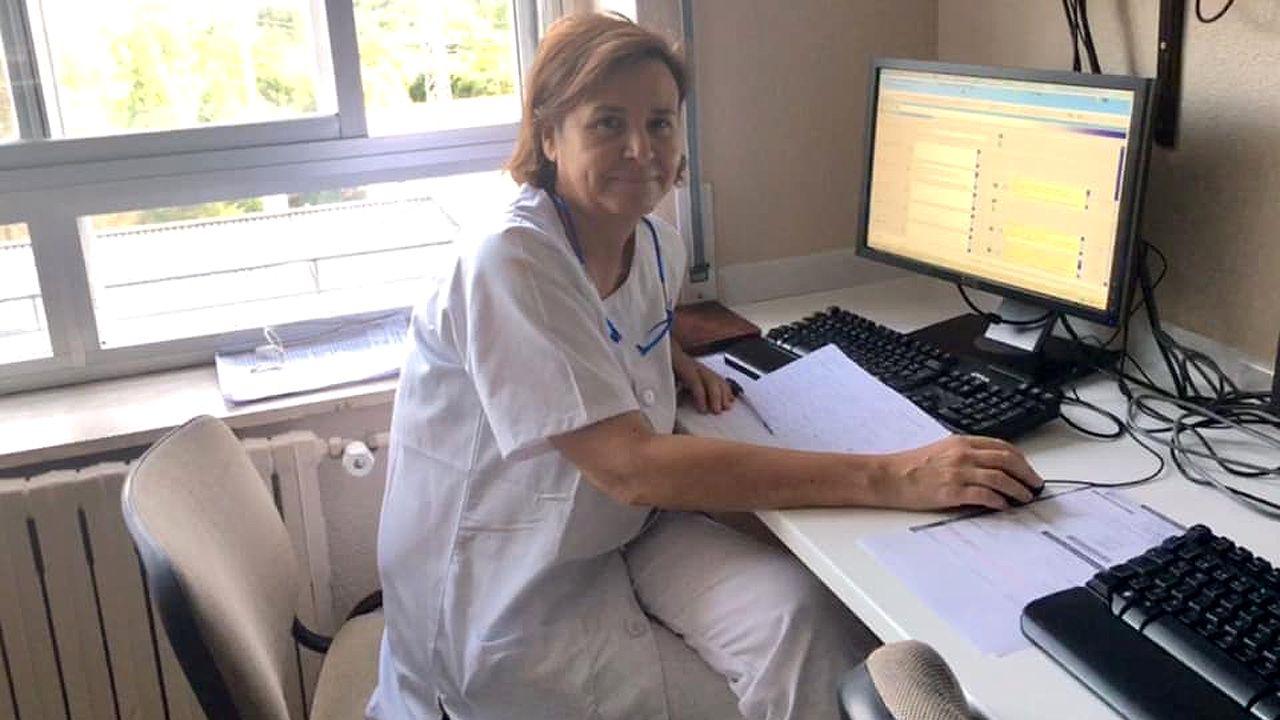 Carmen Moriyón de guardia en el Hospital de Cabueñes