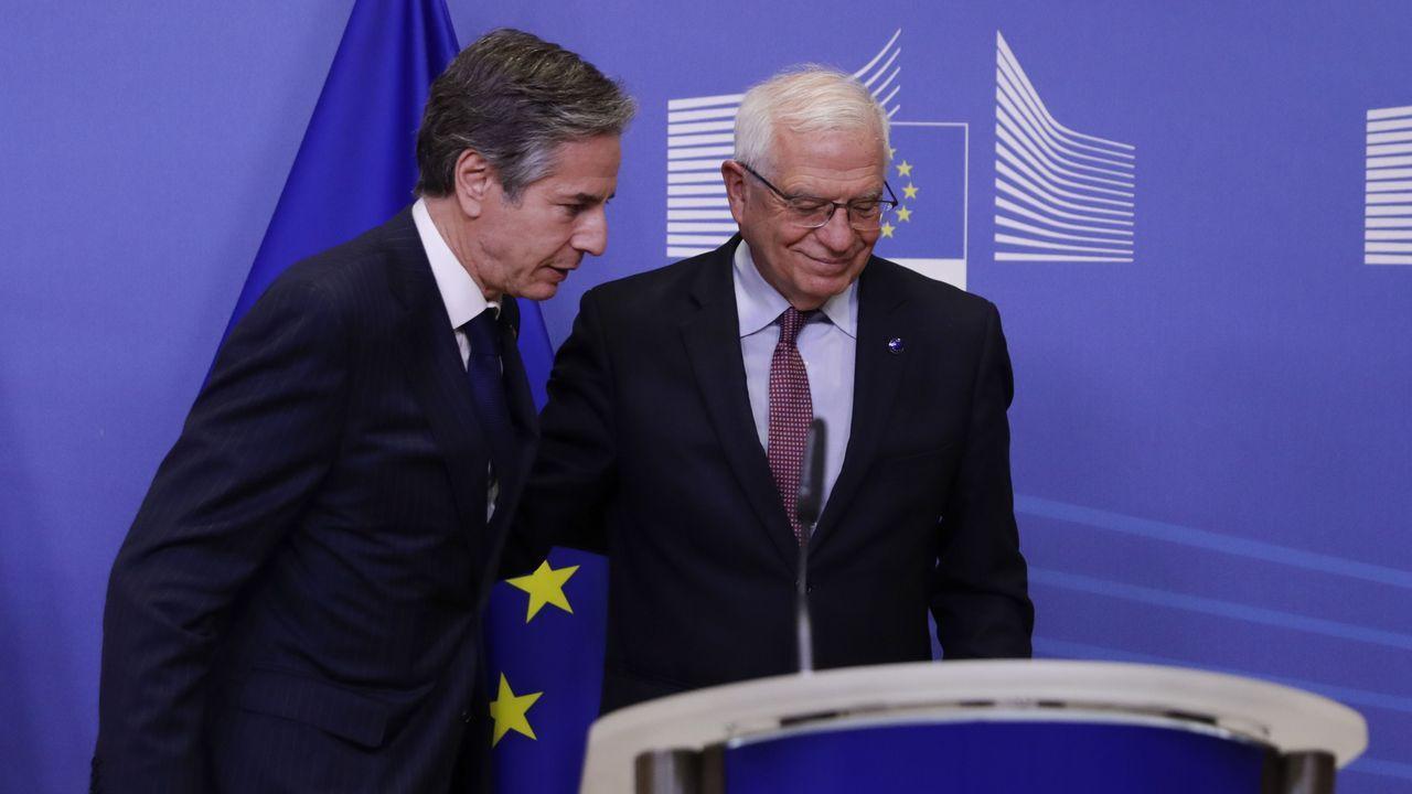 Regreso de la fragata Cristóbal Colón a Ferrol tras cinco meses con la OTAN.En el primer encuentro presencial entre ambos, Borrell y Blinken han repasado  la política exterior