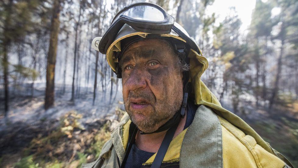 Las imágenes del incendio de Fisterra, entre Sardiñeiro y Duio