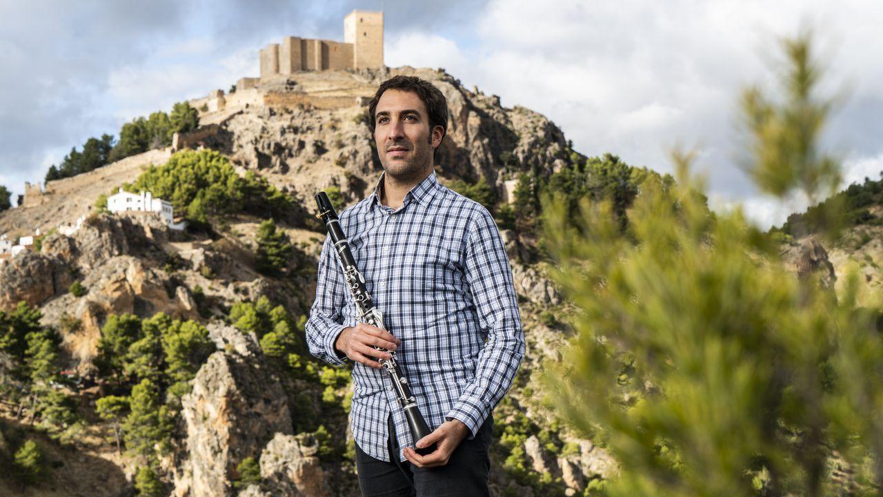 Daniel Broncano, ante Segura de la Sierra y su castillo