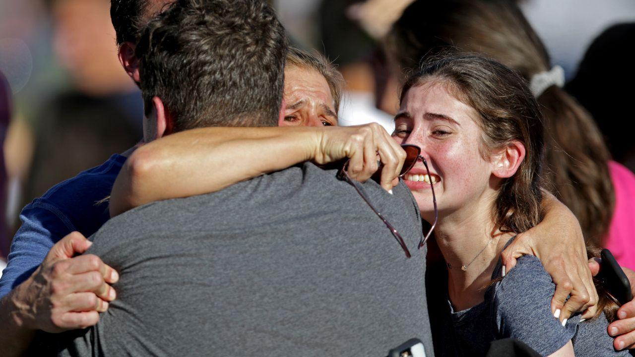 El pánico se adueñó de los alumnos de la escuela de secundaria de Parkland
