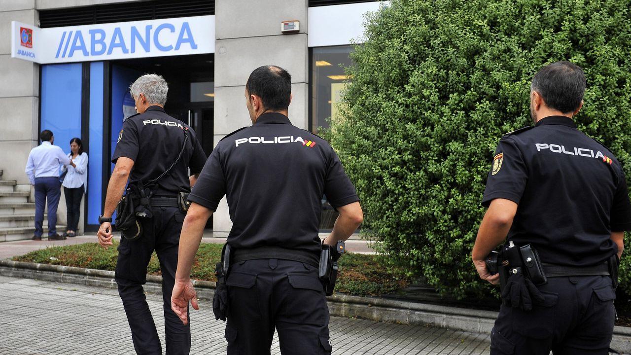 COMIENZO DE LAS REBAJAS EN COMERCIOS DEL ENSANCHE Y GRANDES CADENAS COMO INDITEX
