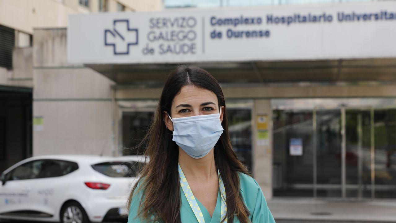 Isabel Barreto recibe por primera vez en dos meses a unos familiares, a través de un cristal, en la residencia de Montijo donde vive