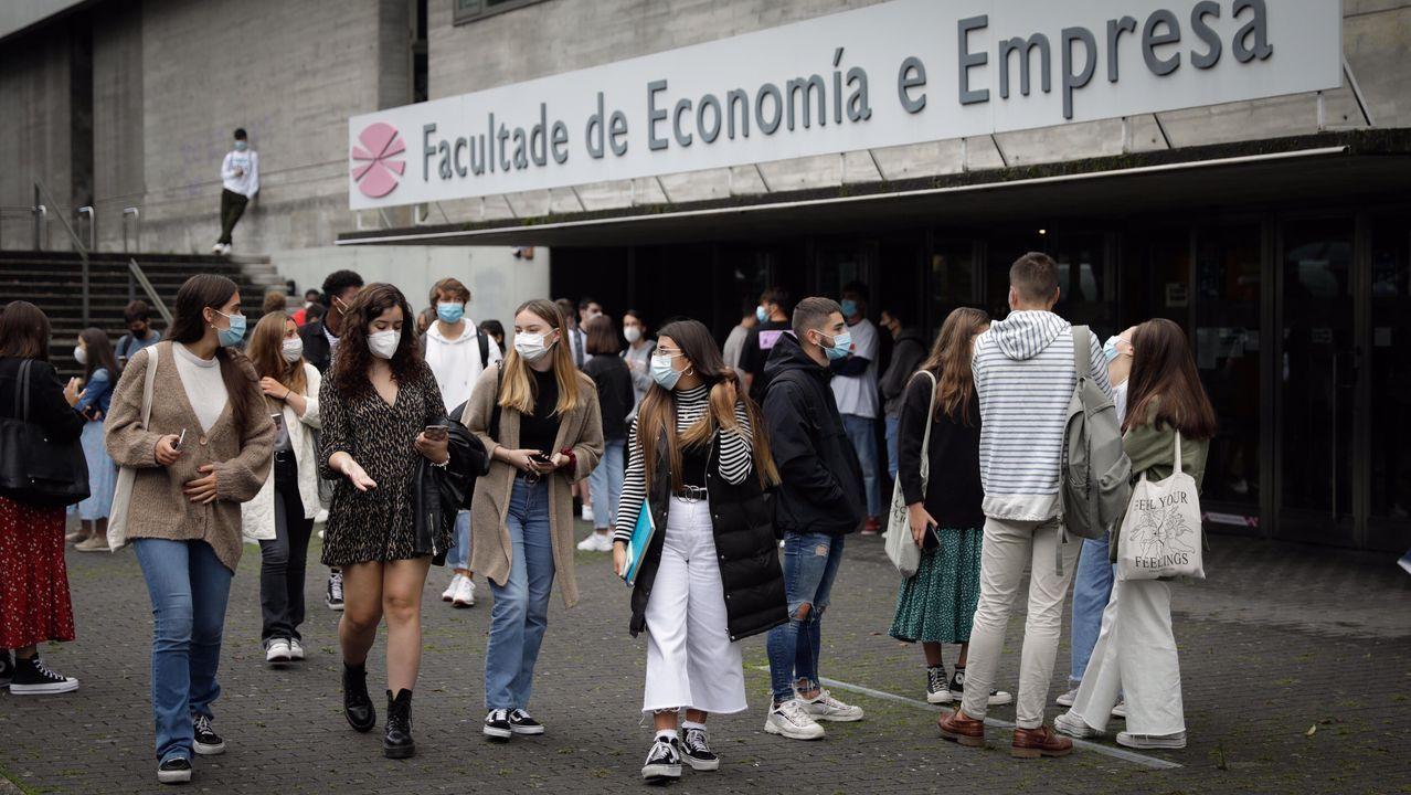Los universitarios de A Coruña regresan a las aulas.Centro de Atención a Persoas con Discapacidade de A Coruña (CAPD)