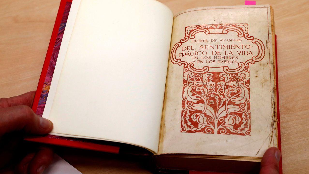 Una primera edición de la obra «Del sentimiento trágico de la vida», de Miguel de Unamuno, se ha reincorporado al «legado Clarín»