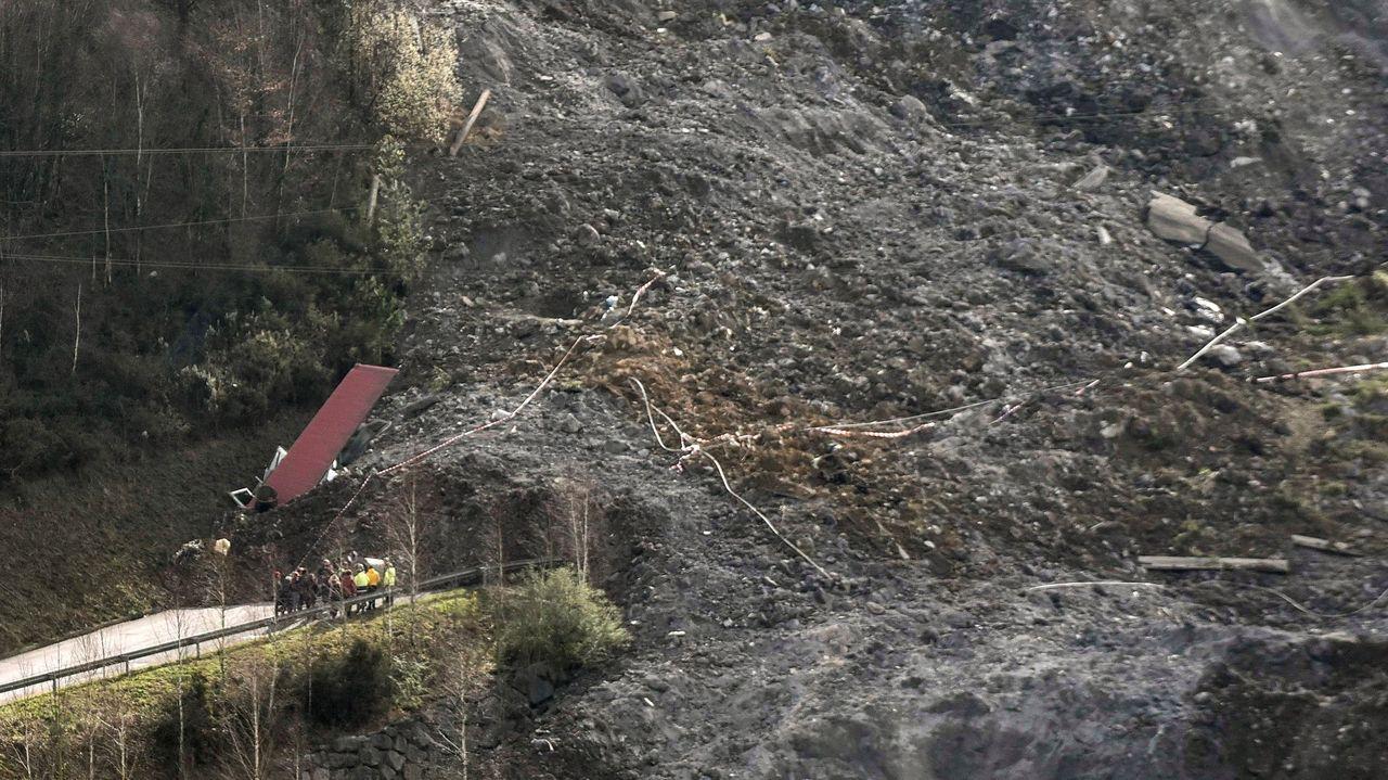 Urkullu sobre el vertedero de Zaldibar: «Nadie está escatimando esfuerzos para revertir la situación».Pórticos de peaje en la A-28
