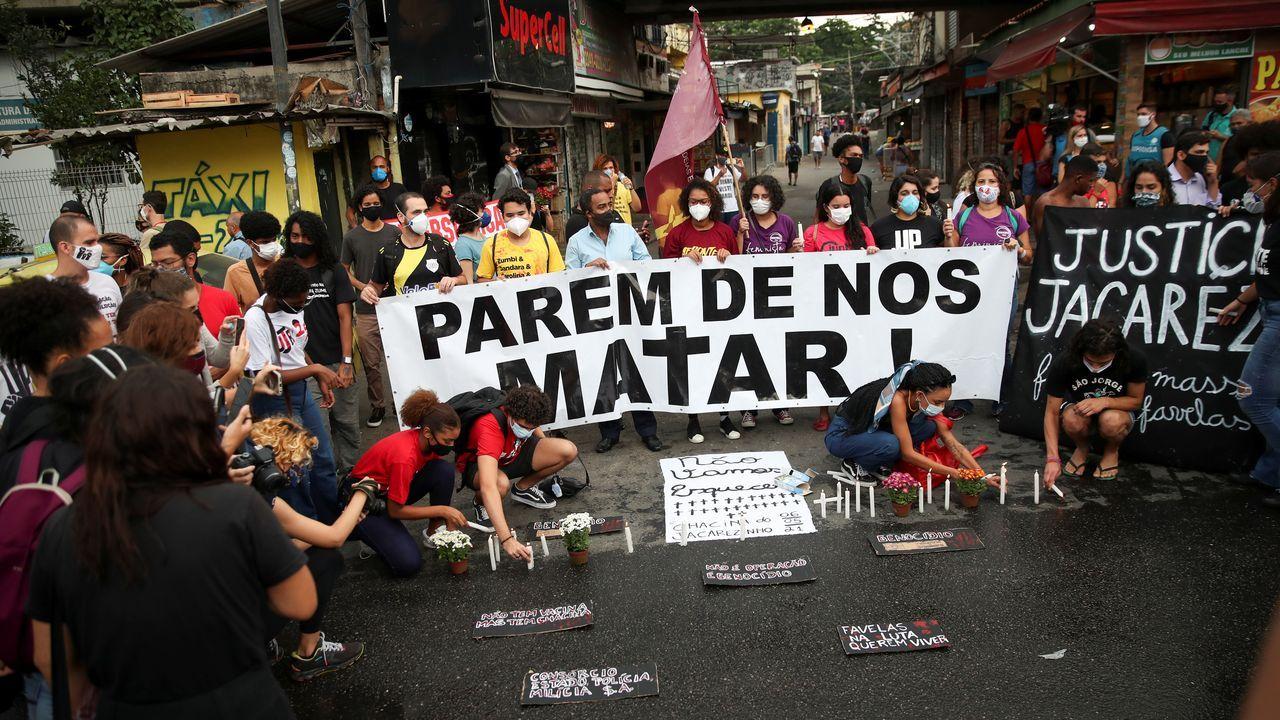 Tranquilidad en Asturias durante la primera noche sin el estado de alarma.Concentración por las masacres en Colombia