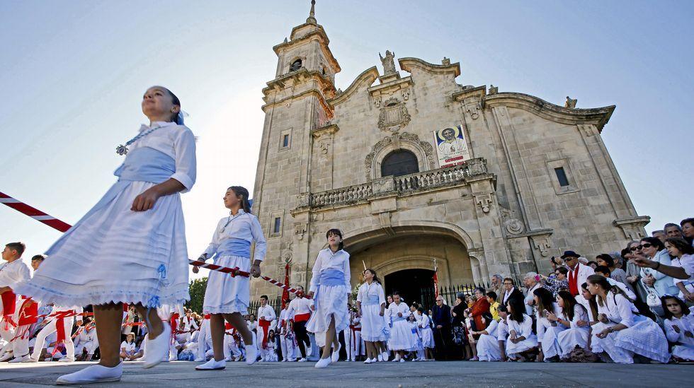 Danza de las Espadas en Marín
