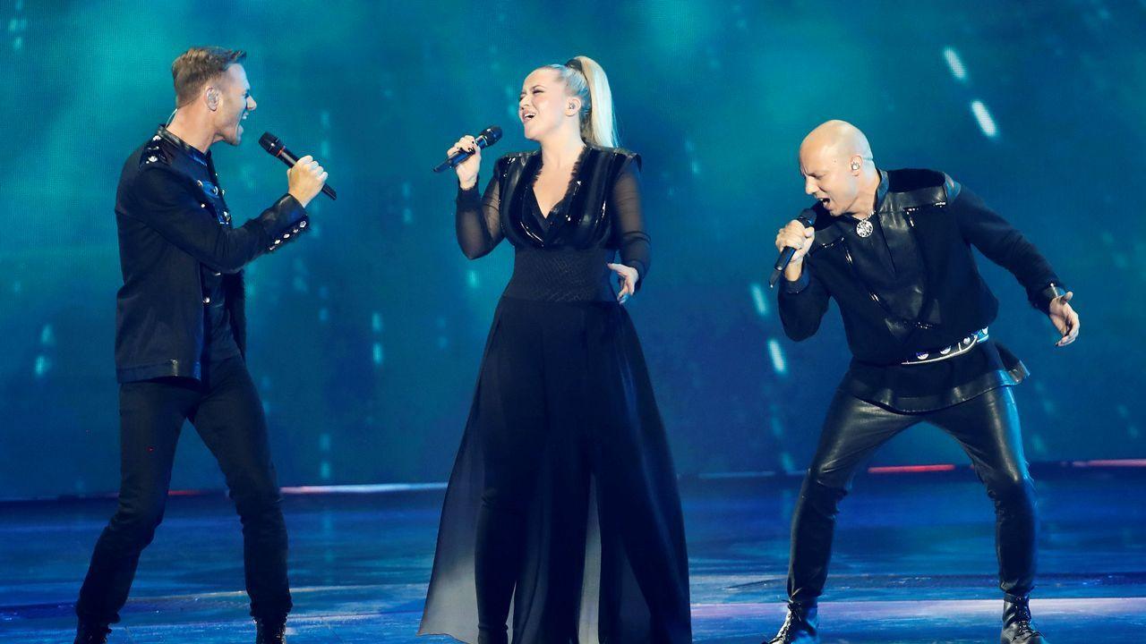 KEiiNO, el grupo de Noruega, actuando en Eurovisión