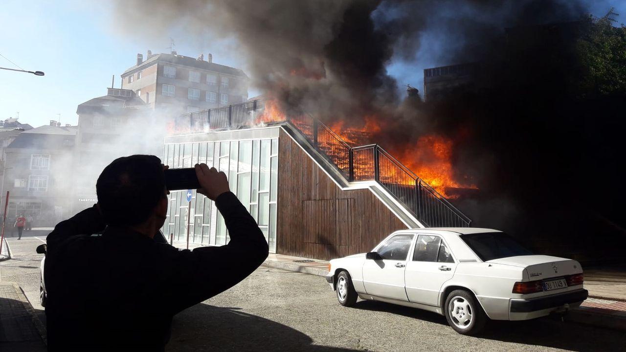 El incendio causó una fuerte alarma entre el vecinos en la tarde del pasado viernes