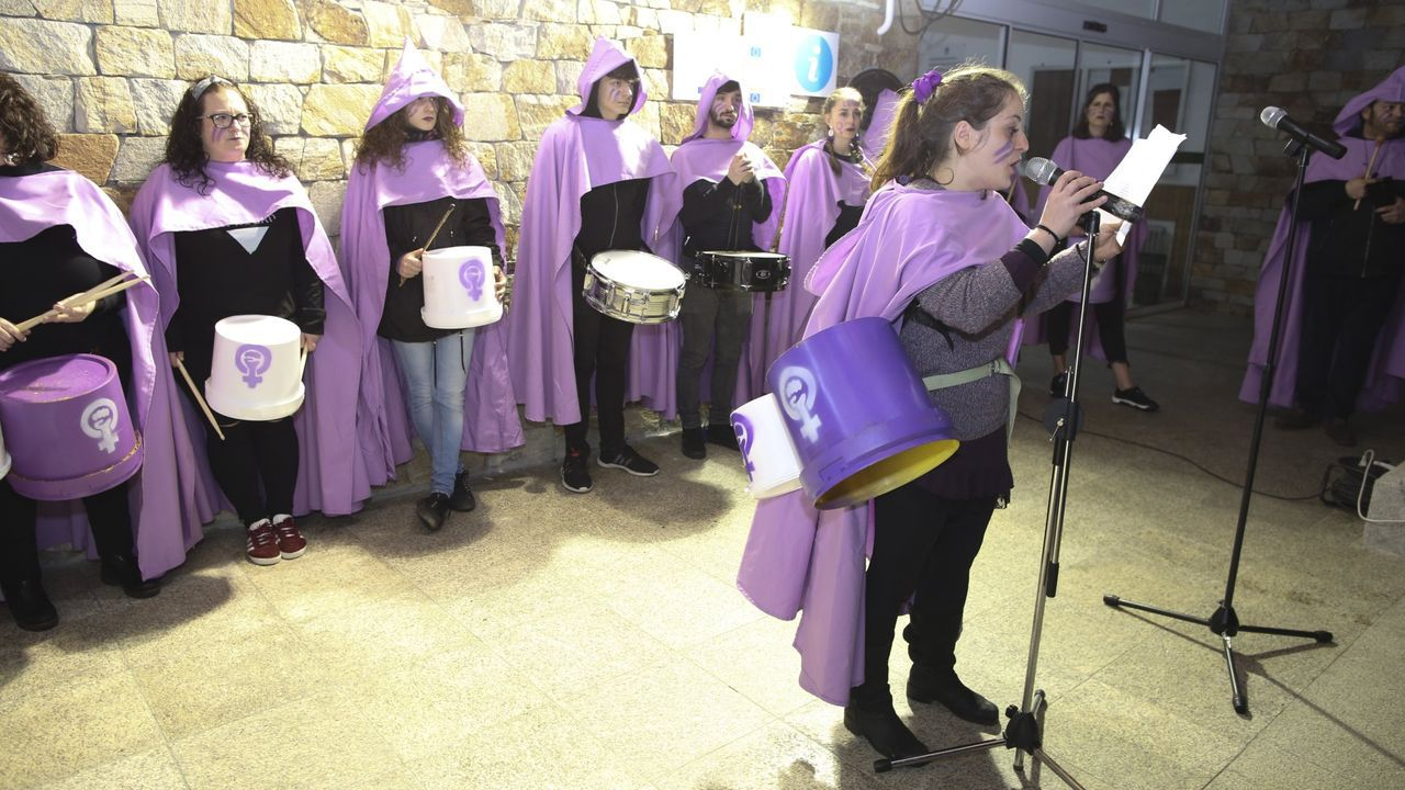 Así transcurrió el Foro Voz Día da Muller en Vimianzo.Este año la entidad As Curandeiras no hará concentraciones públicas