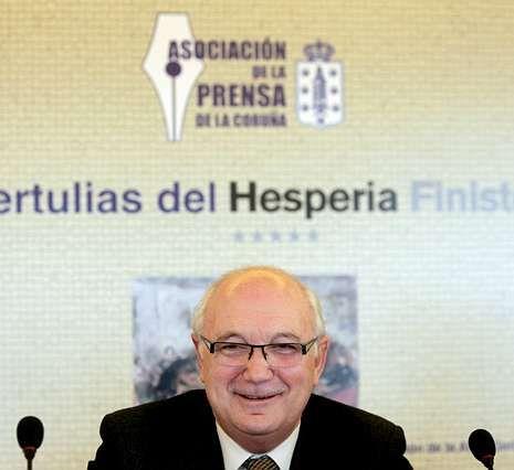 Fontenla, ayer, en la tertulia de la Asociación de la Prensa.