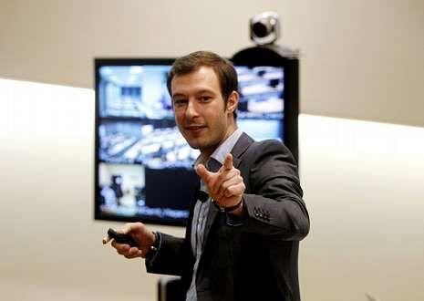 La jornada de Amtega (en la foto, Juan Merodio) fue retransmitida a siete aulas de la red CeMIT.