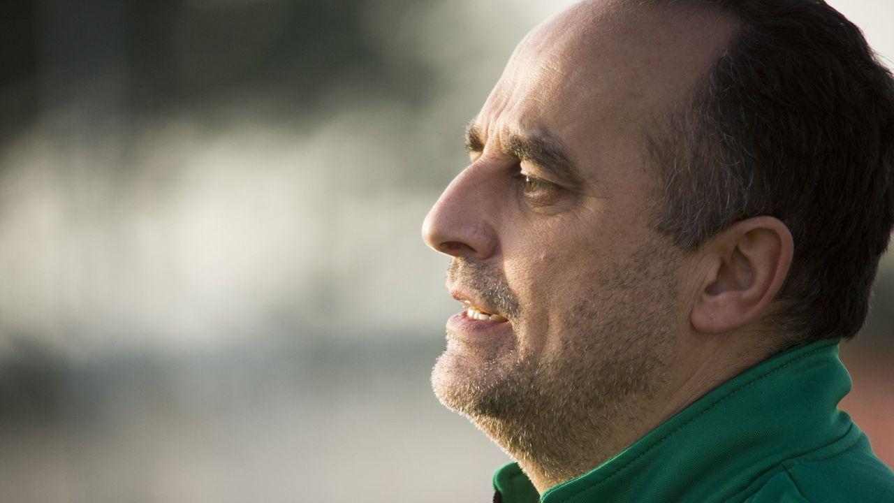 Verdes Requexon Real Oviedo.Hector Verdes, durante un entranmiento en El Requexon