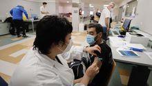 Vacunación contra el covid en el Hospital Público da Mariña