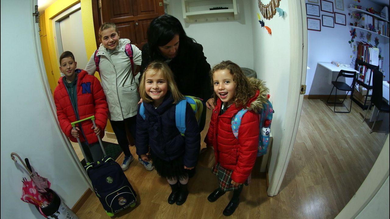 En marcha la Semana da Mobilidade de Carballo: ¡las imágenes!.Imagen de unos niños usuarios del servicio de Madrugadores