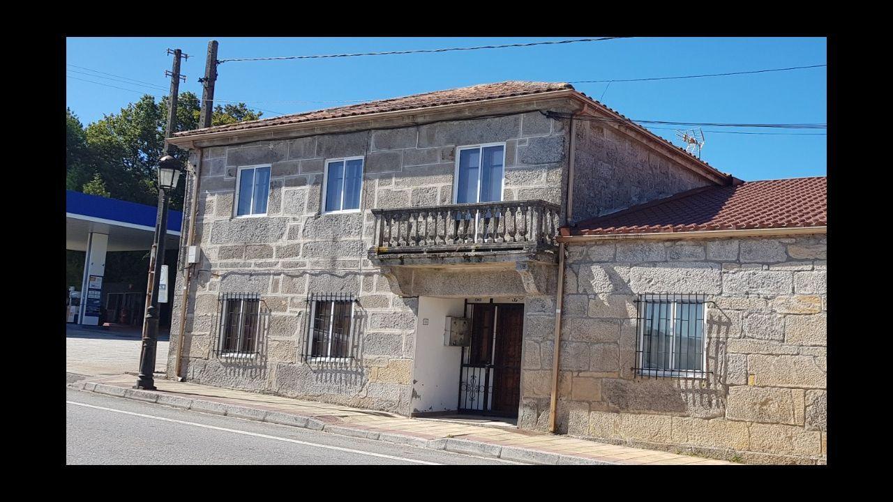Turistas en el casco viejo de Ourense