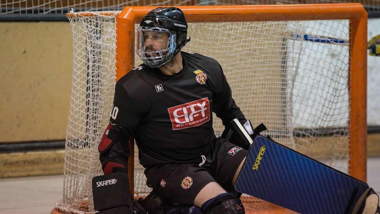 Fabrizio Ciocale, el Liceo como guinda de una pasión por el hockey sobre patines.Confección de alfombras florales en A Milagrosa