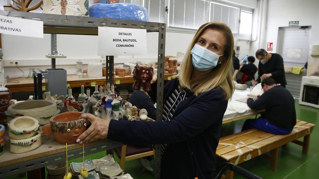 Adela Agrelo señala que hay usuarios de Aspanane que tienen síndromes asociados con problemas respiratorios y otros que no toleran la mascarilla debido a la discapacidad intelectual que tienen