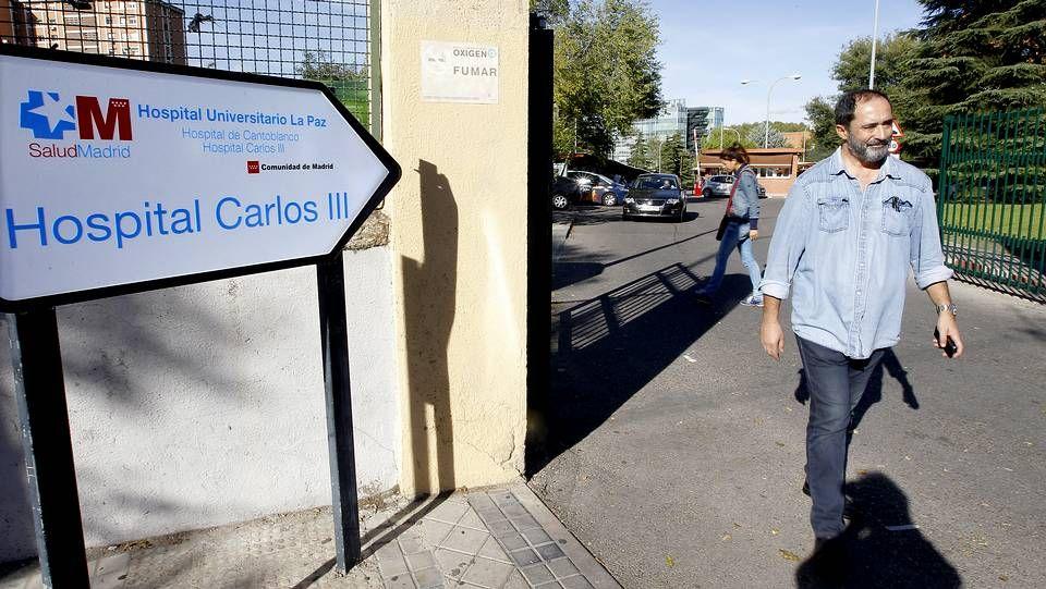 Las polémicas palabras de Javier Rodríguez, consejero de Sanidad madrileño.Sanitarios trabajando en la habitación de Teresa Romero