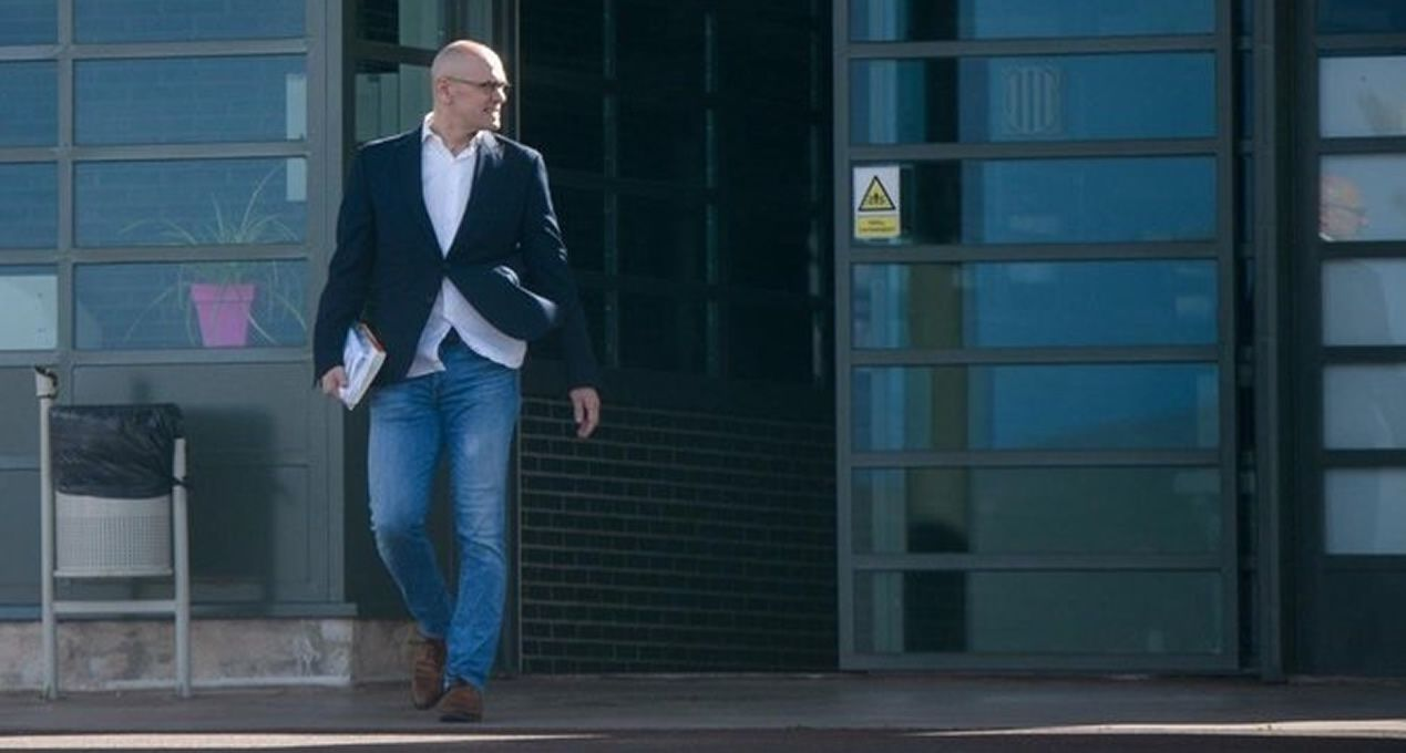 El exonsejero Raül Romeva sale de prisión en aplicación del artículo 100.2 para ir a trabajar
