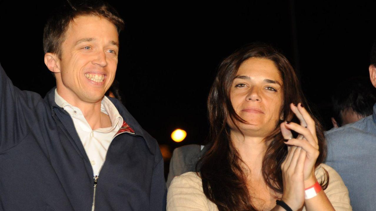 Pedro Sánchez quiere Gobierno en diciembre.Íñigo Errejón y Clara Serra, en una imagen de archivo
