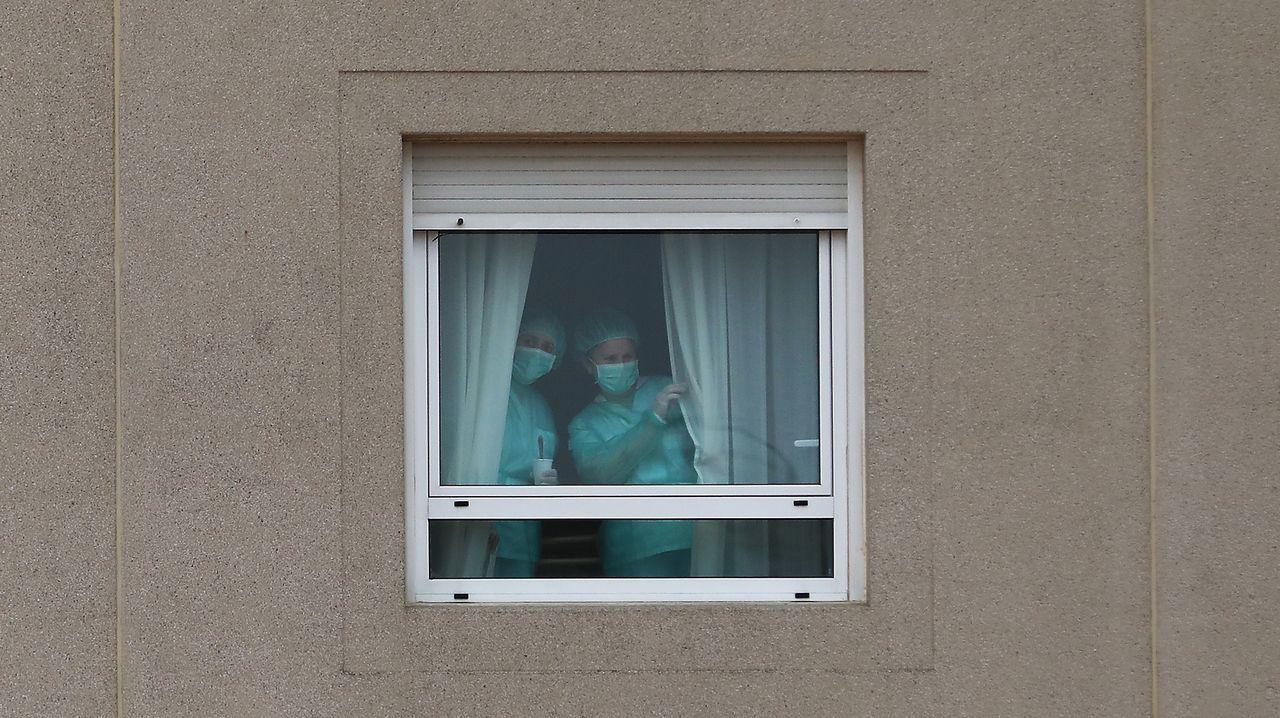 fármacos.Imagen del exterior del CHUO, en Ourense