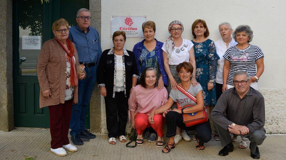 David y Blanca, trabajador y usuaria de los programas de la Fundación Secretariado Gitano en su sede de A Coruña