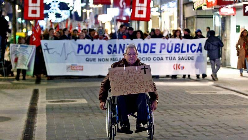 Movilizaciones en Galicia en defensa de la sanidad.La manifestación del 10 de diciembre en defensa dela sanidad congregó a miles de personas.