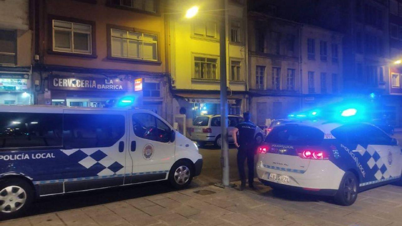 Herido leve tras caer con su coche a las vías del tren de O Porriño.El PP pregunta por qué la Casa dos Mosaicos sigue todavía cerrada al público.