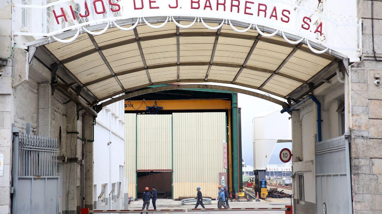 Concentración de los trabajadores de Barreras a las puertas del astillero