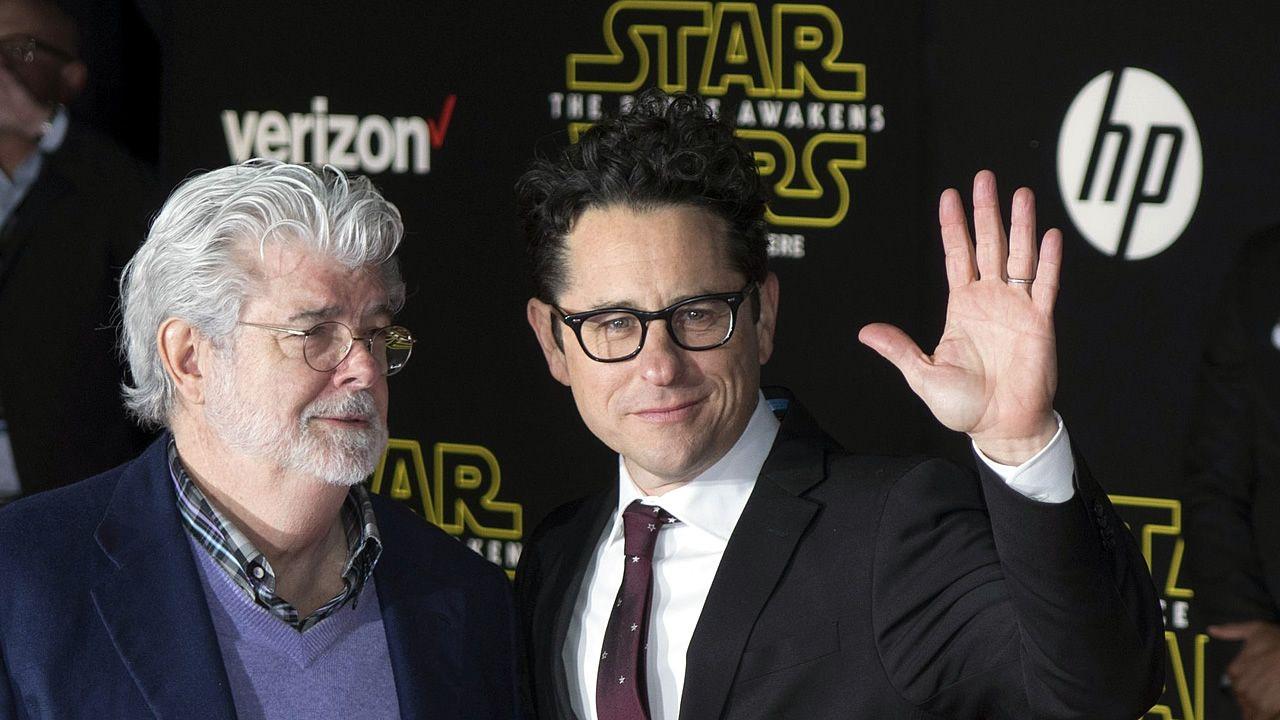 George Lucas y J. J. Abrams en el preestreno del episodio VII de «Star Wars»