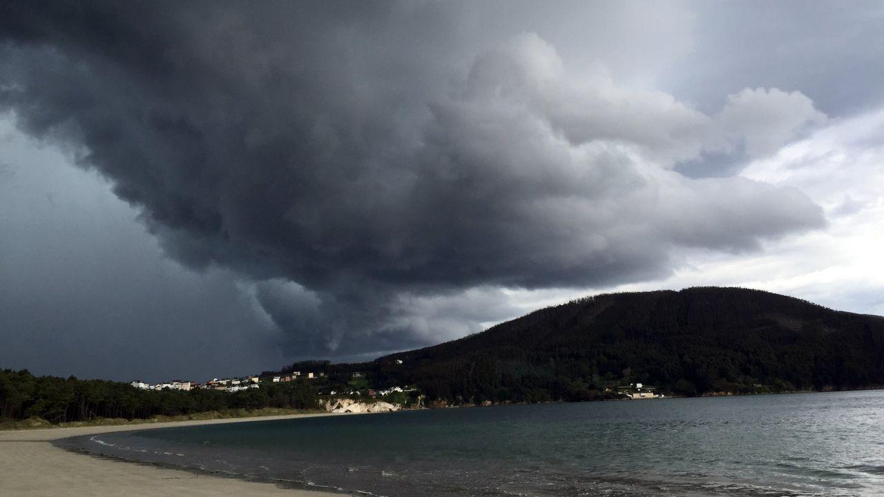 Greta Thunberg, cruzará el Atlántico a bordo de un velero de competición.Playa de Samil, Vigo