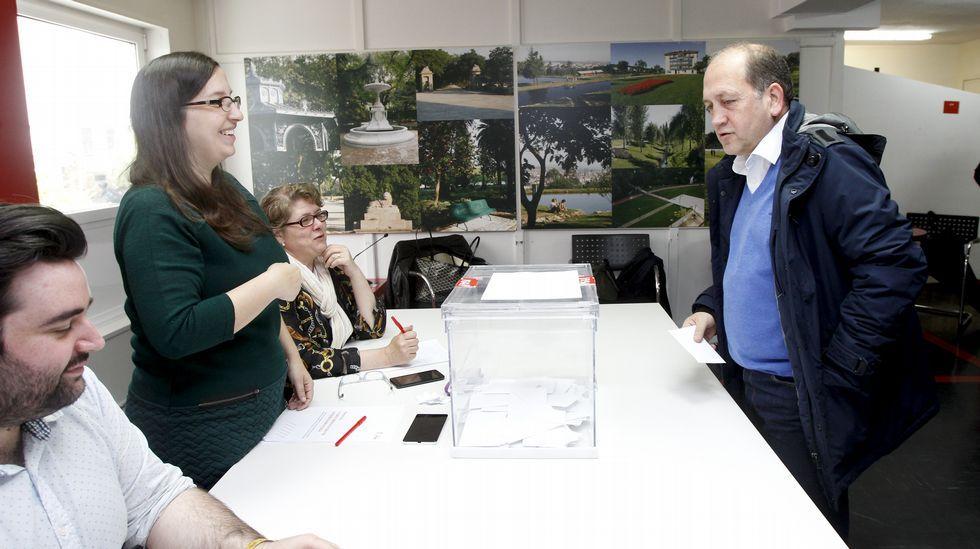 Xaquín Leiceaga gana las primarias del PSdeG frente a Méndez Romeu