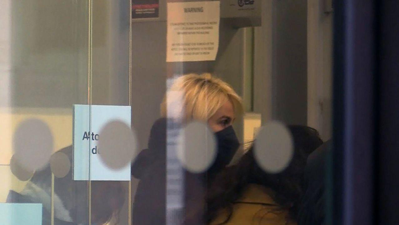 Captura de vídeo de la llegada este viernes de la empresaria alemana Corinna Larsen a los juzgados de Londres