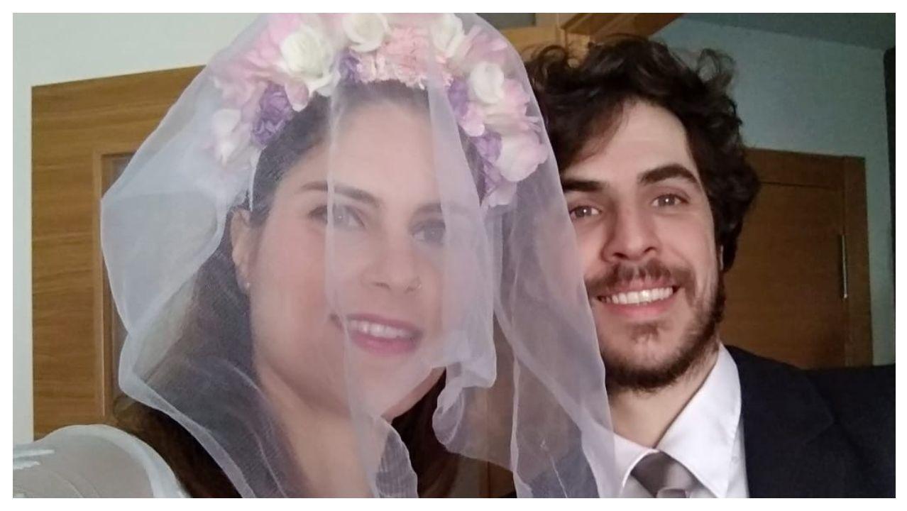 Rosana Crizóstomo y Alexis Santos, durante su boda