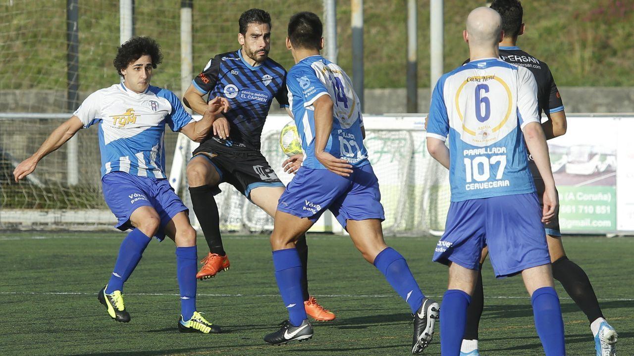 Imagen de archivo de un choque entre Arzúa y Ourense CF